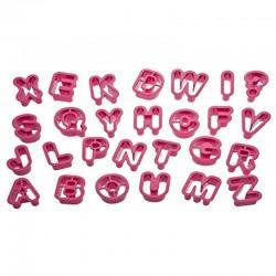 Tagliapasta  alfabeto 5,2XH2,2cm. Decora